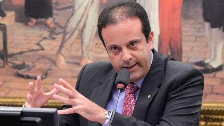 Aliança repudia nomeação de André Moura ao cargo de diretor da Anvisa