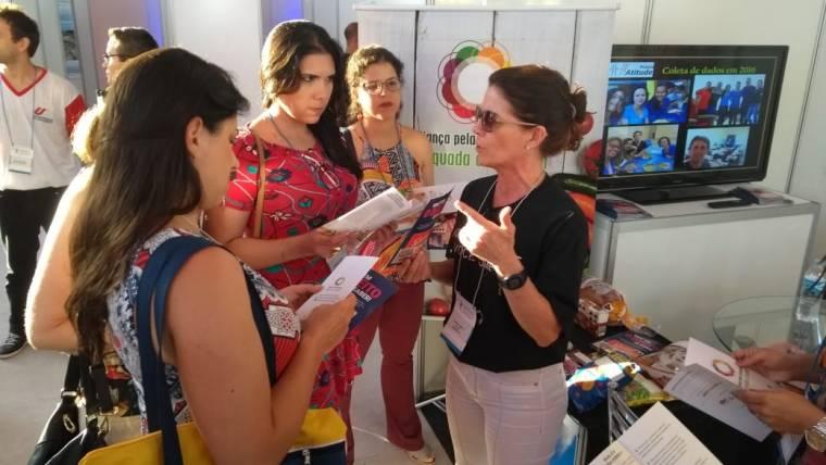Tenda da Rotulagem movimenta Pernambuco